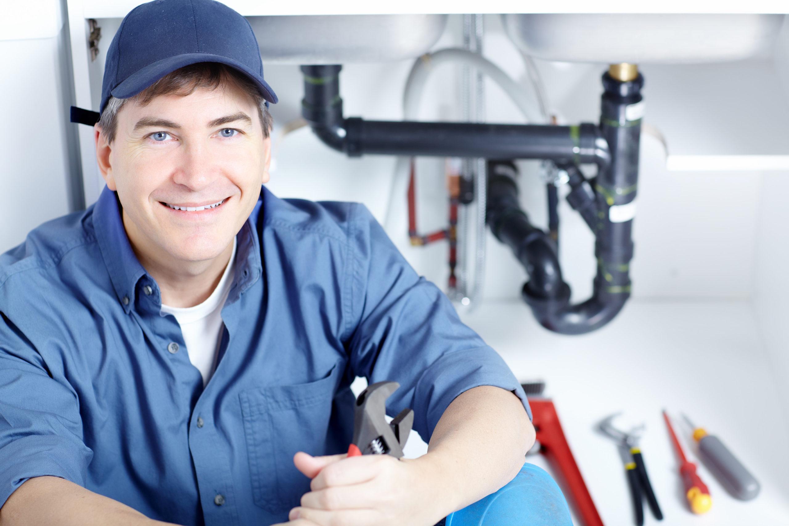 eviter arnaque plombier